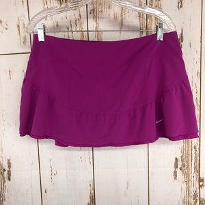Nike Tennis Skirt w/built in shorts, Large.  U44